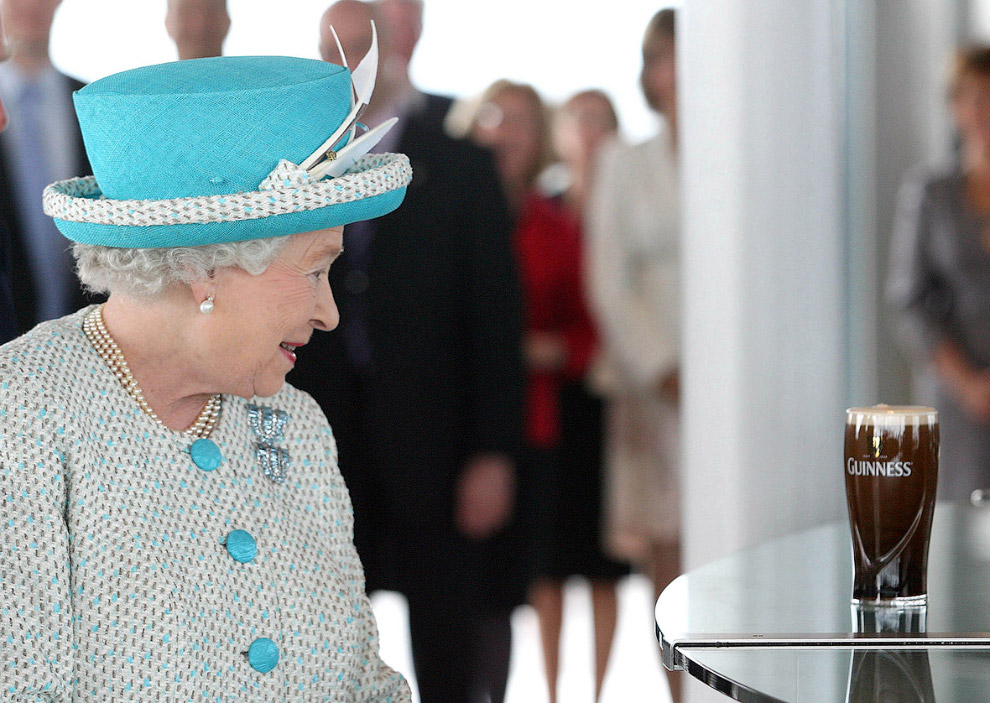 Queen Elizabeth II_25