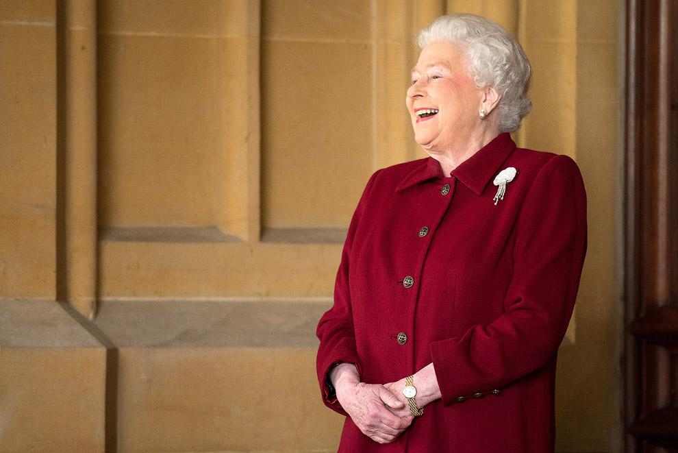 Queen Elizabeth II_32