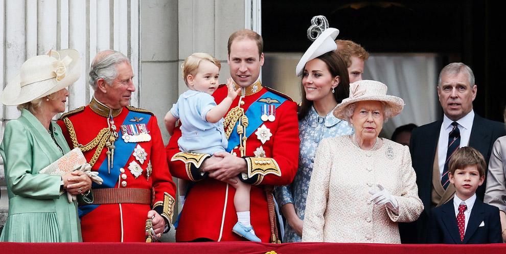 Queen Elizabeth II_35