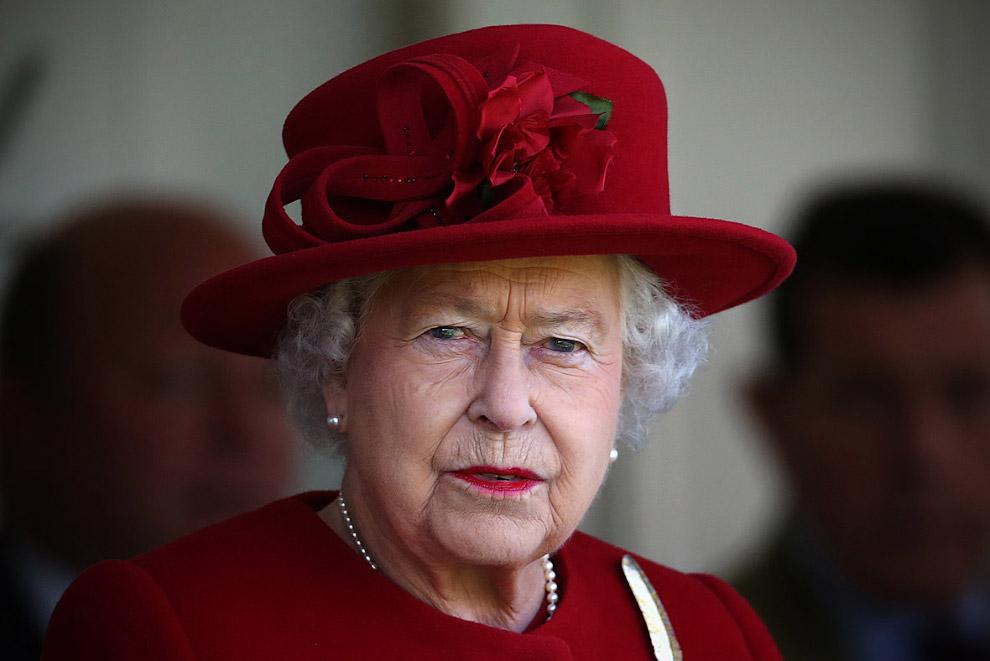 Queen Elizabeth II_36