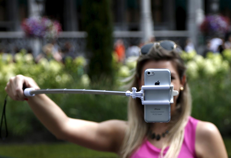 Selfie Sticks Extend Their Reach_20