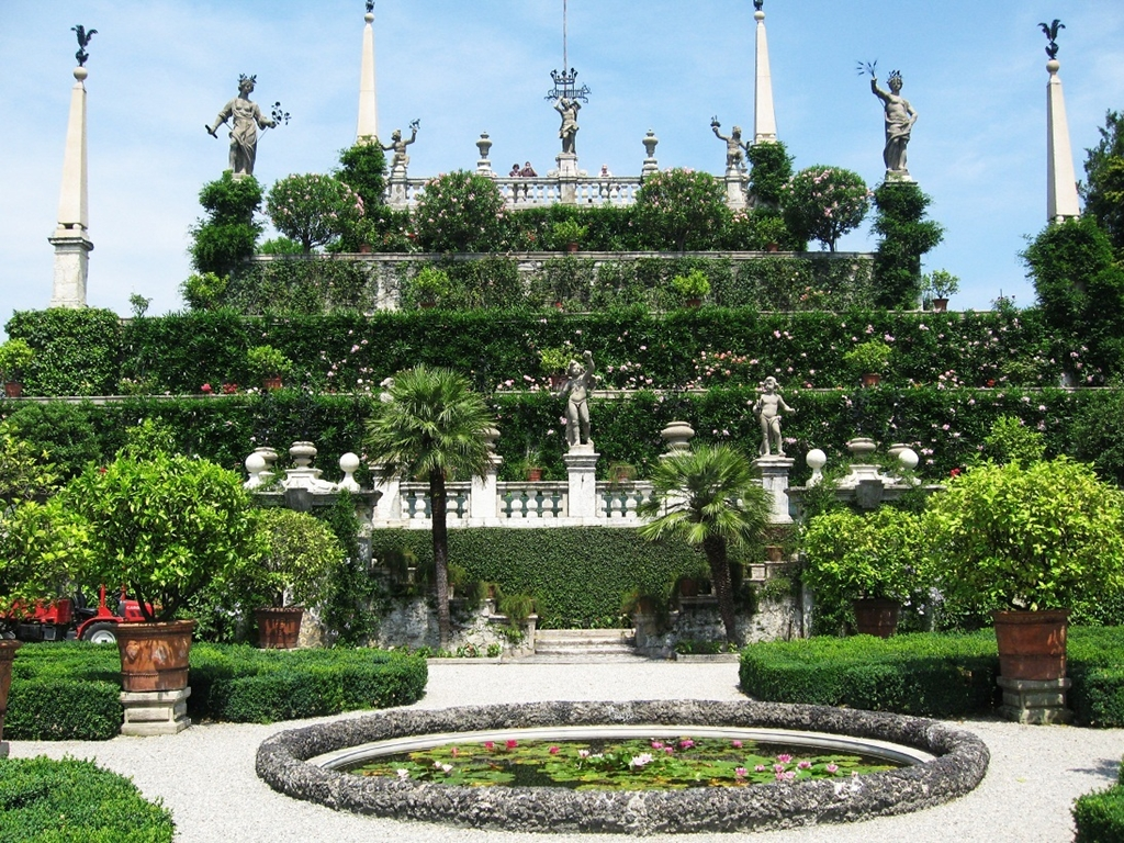 The gardens of Isola Bella 01