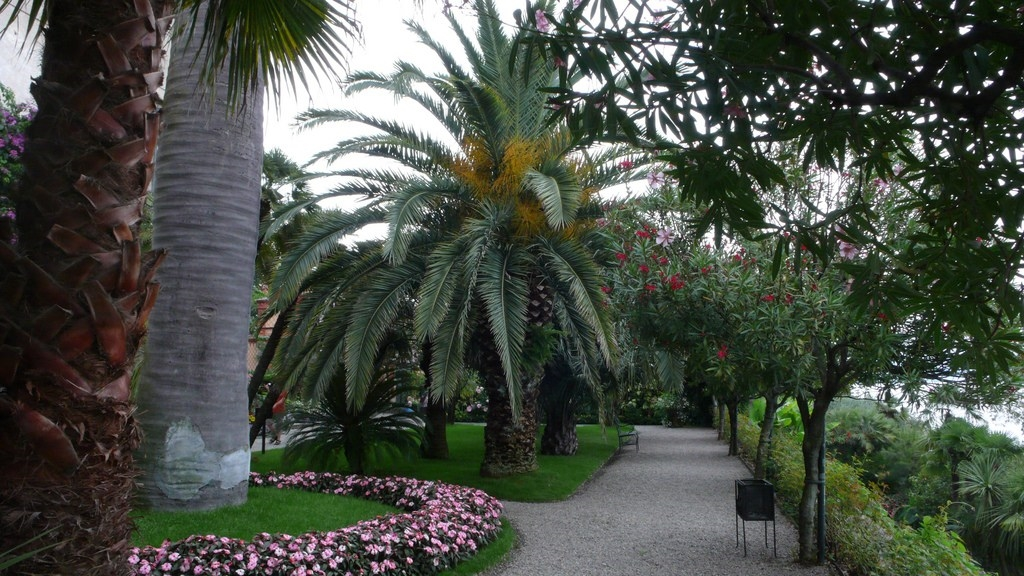 The gardens of Isola Bella 04