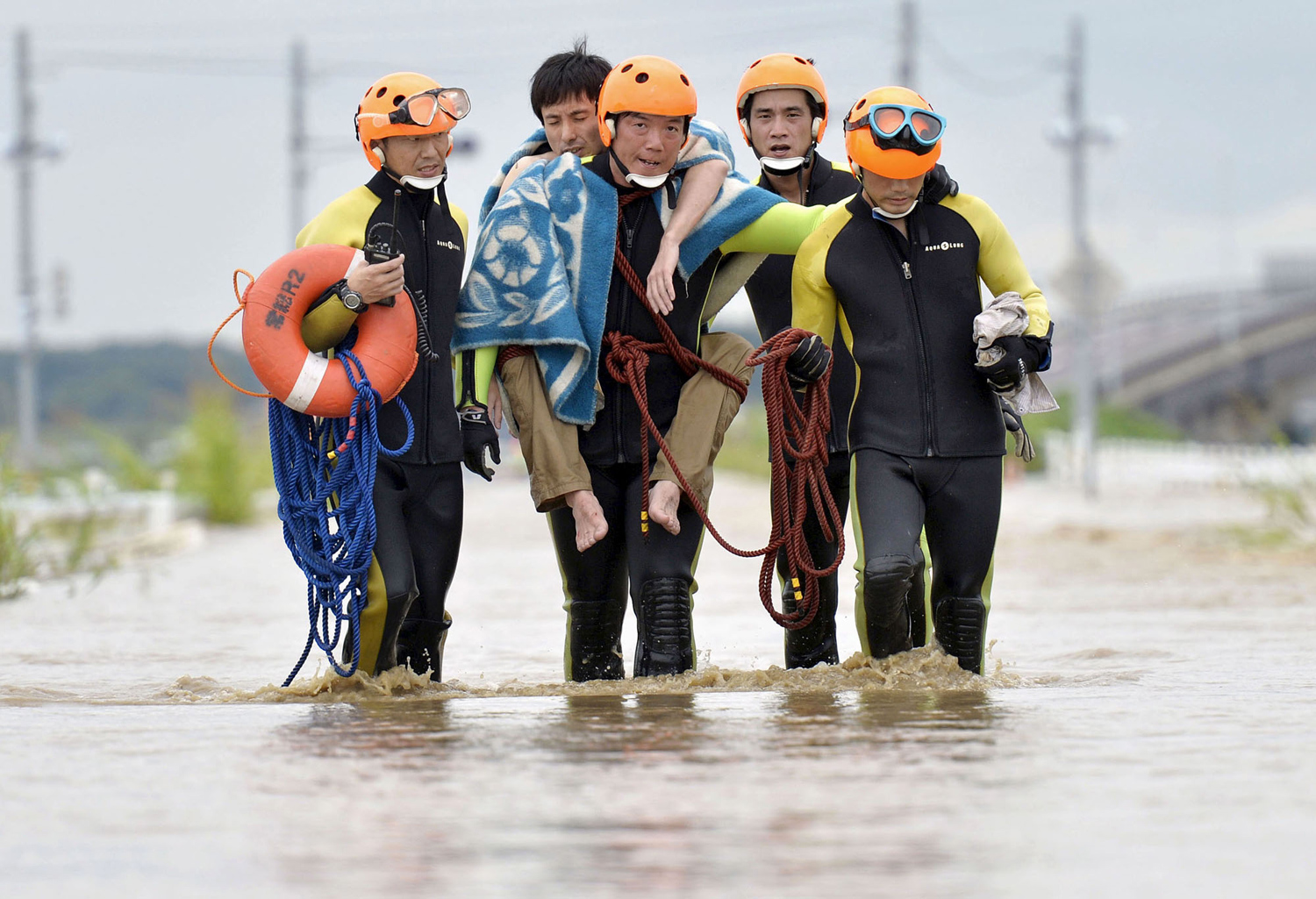 Typhoon Etau Triggers Flooding in Japan 16