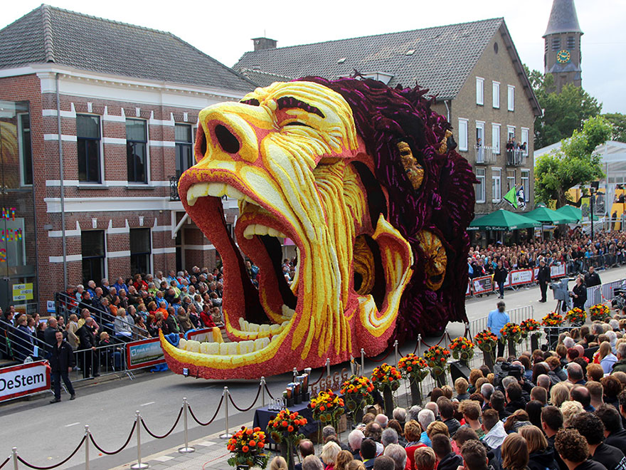 van-gogh-flower-parade-floats-corso-zundert-netherlands-6
