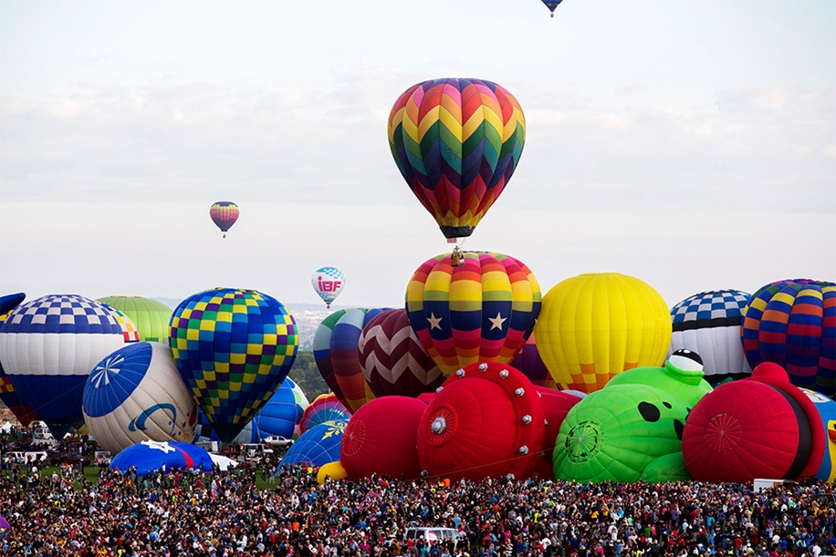 Annual balloon festival in Albuquerque 04