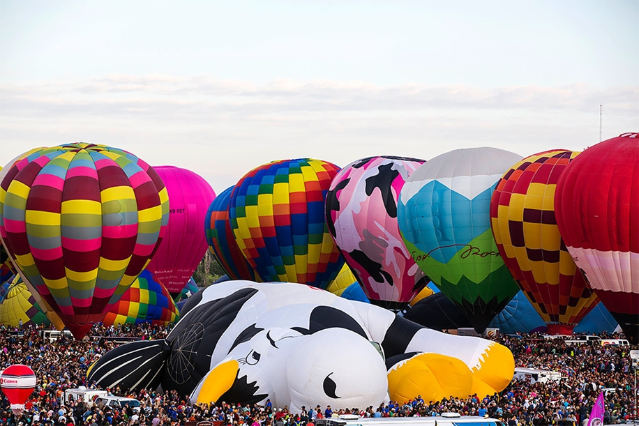 Annual balloon festival in Albuquerque 05