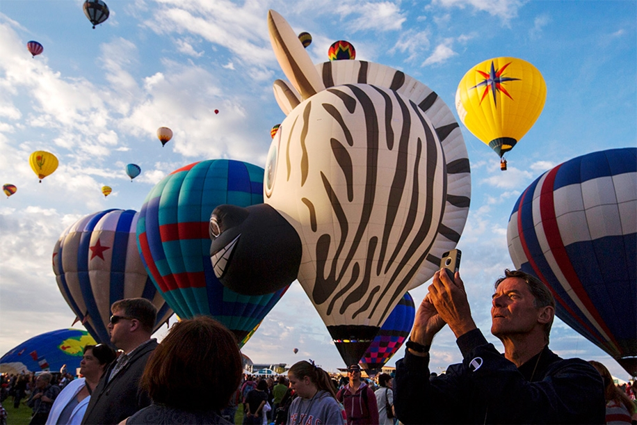 Annual balloon festival in Albuquerque 08