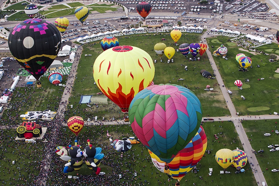 Annual balloon festival in Albuquerque 15