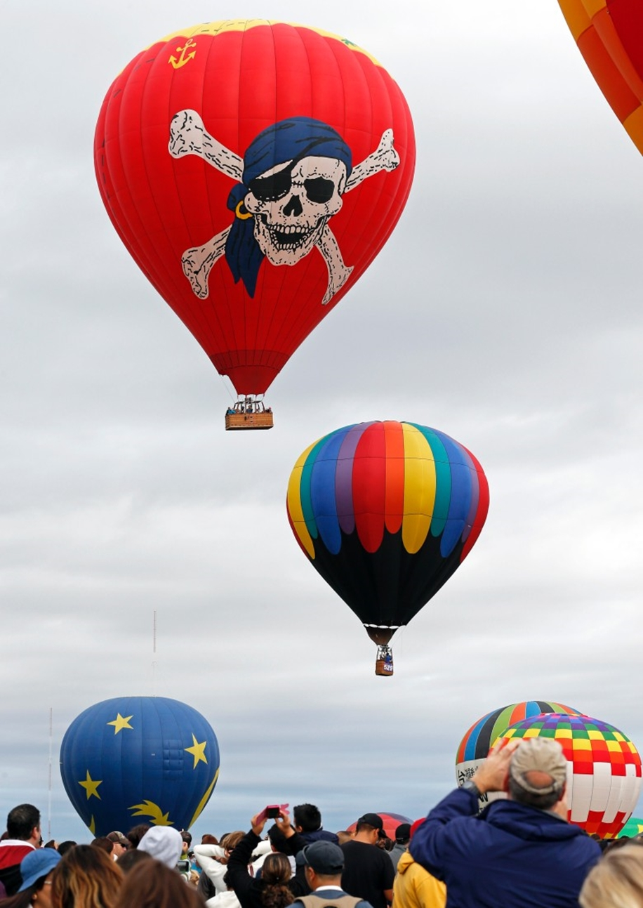 Annual balloon festival in Albuquerque 24