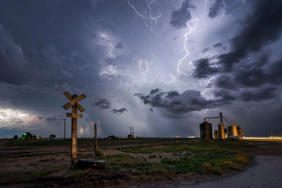 Deadly Storms Around the World 16