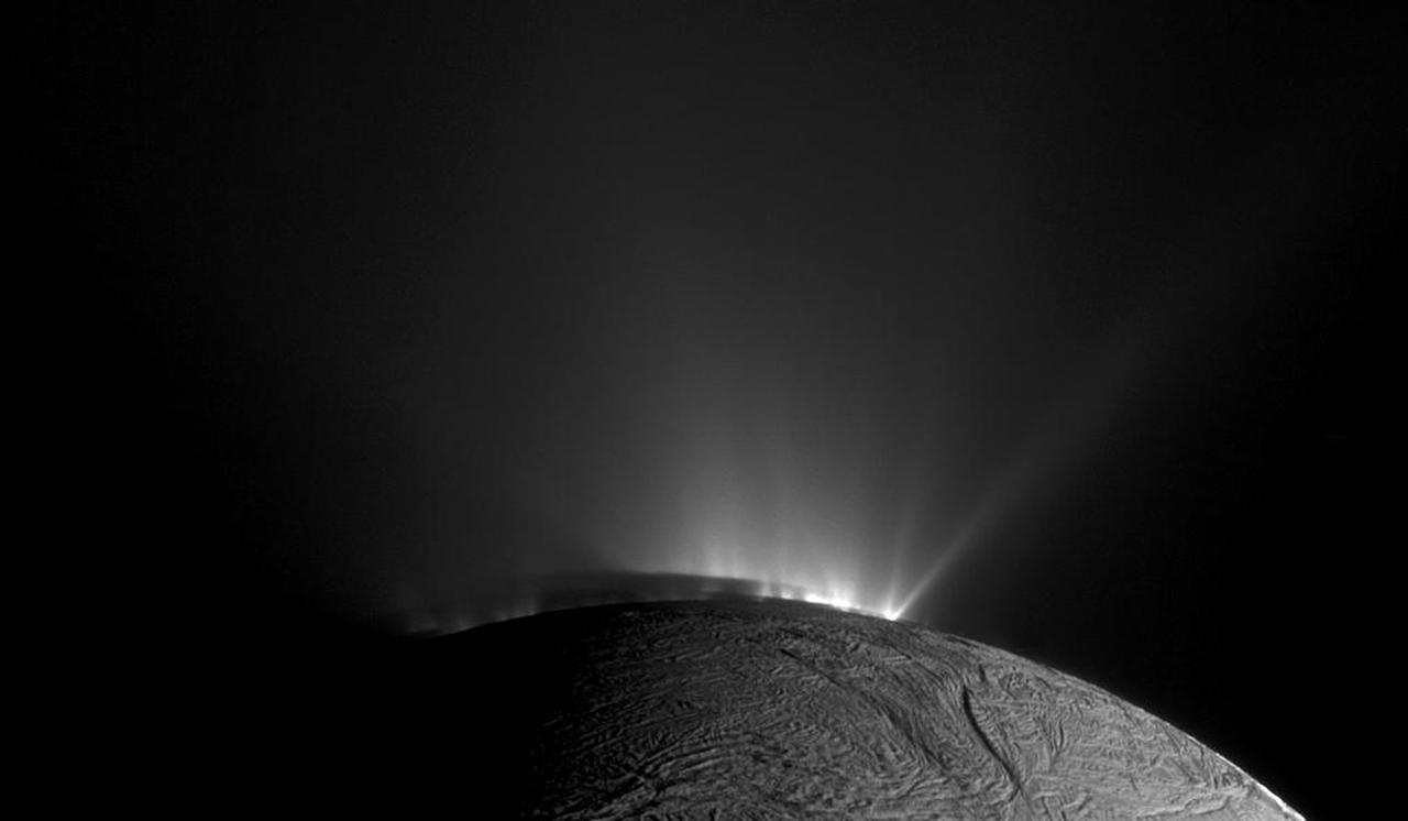 Enceladus, Saturn's Amazing Snowball Moon 02