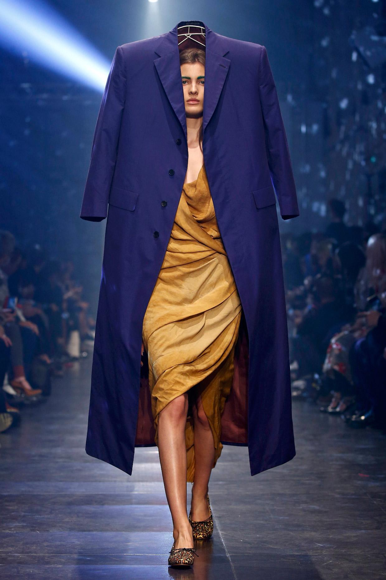 Craze Definition of Craze by Merriam-Webster Fashion a craze world over