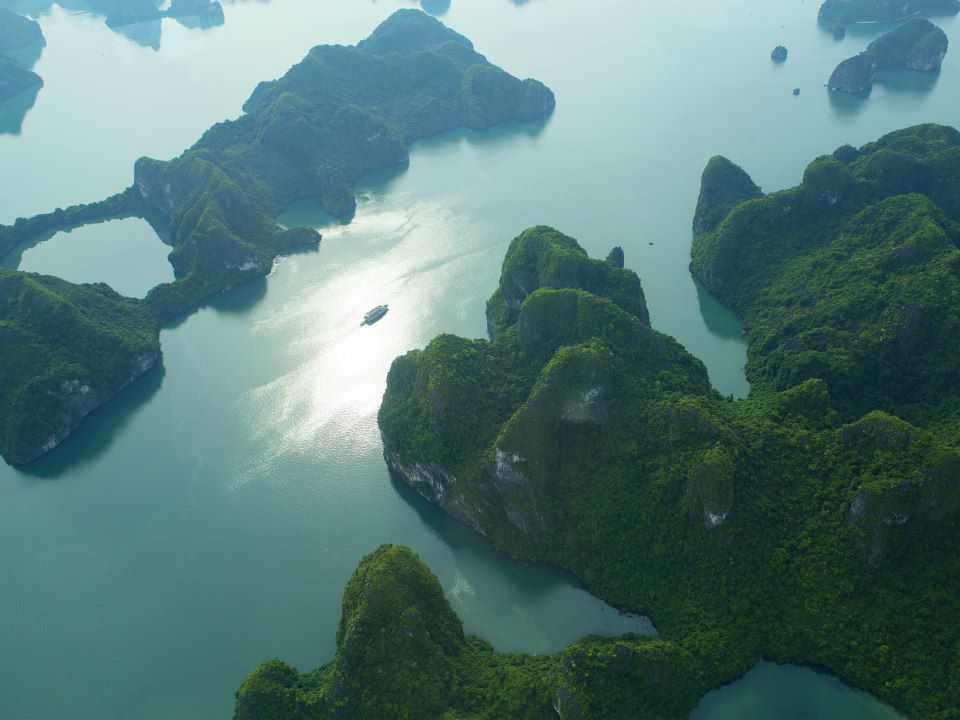 Ha Long Bay 06