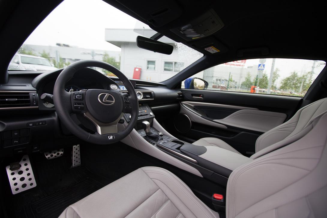 Lexus RC_04