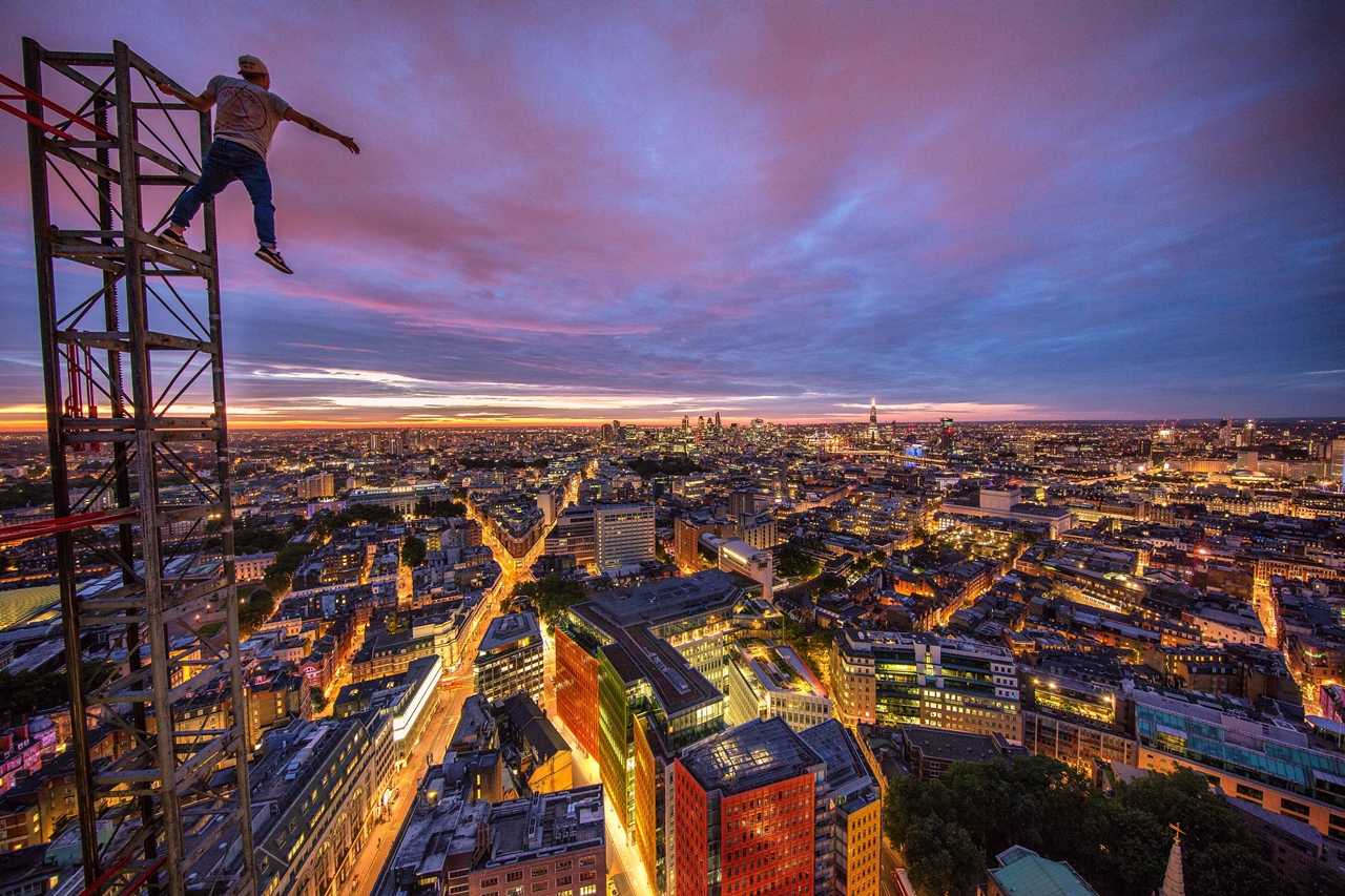 London Rooftopper 05