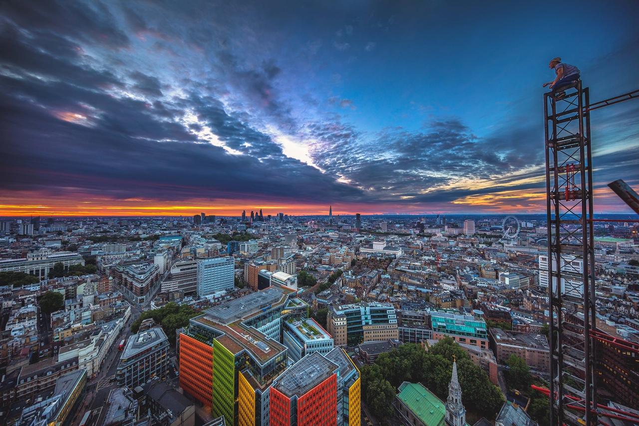 London Rooftopper 07