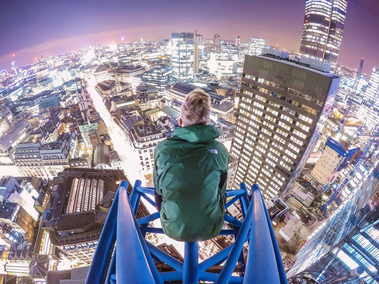 London Rooftopper 14