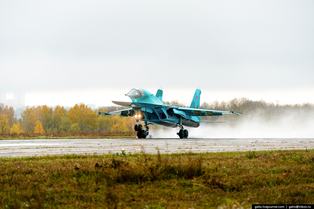 SU-34_03