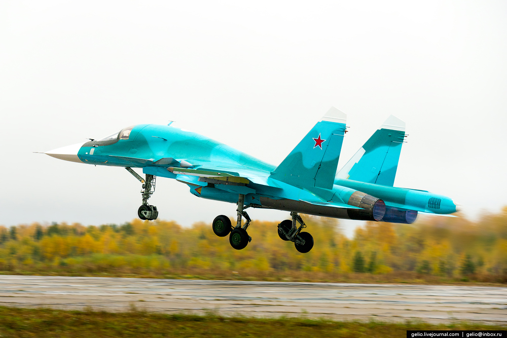 SU-34_37