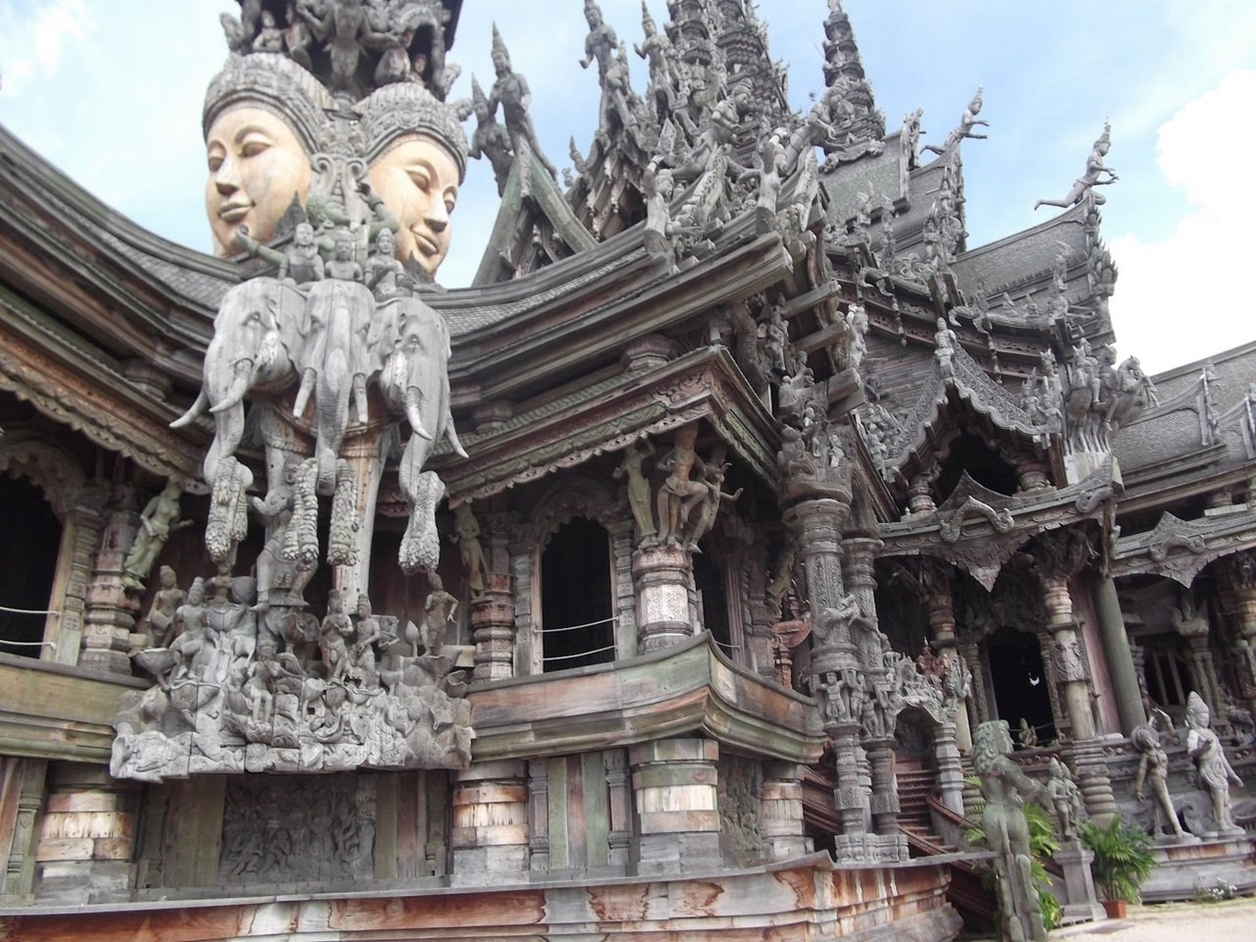 Sanctuary of Truth_13