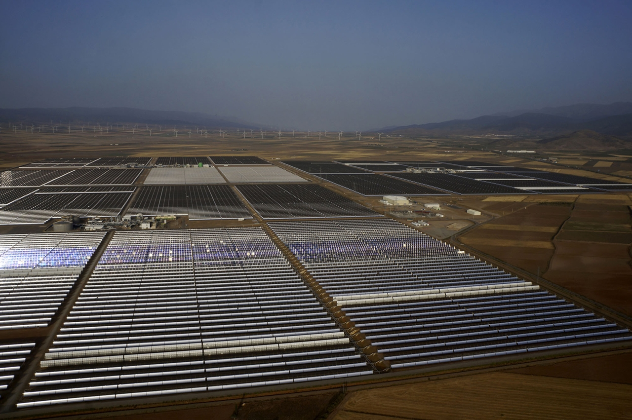 Spain's Andasol Solar Power Station 09