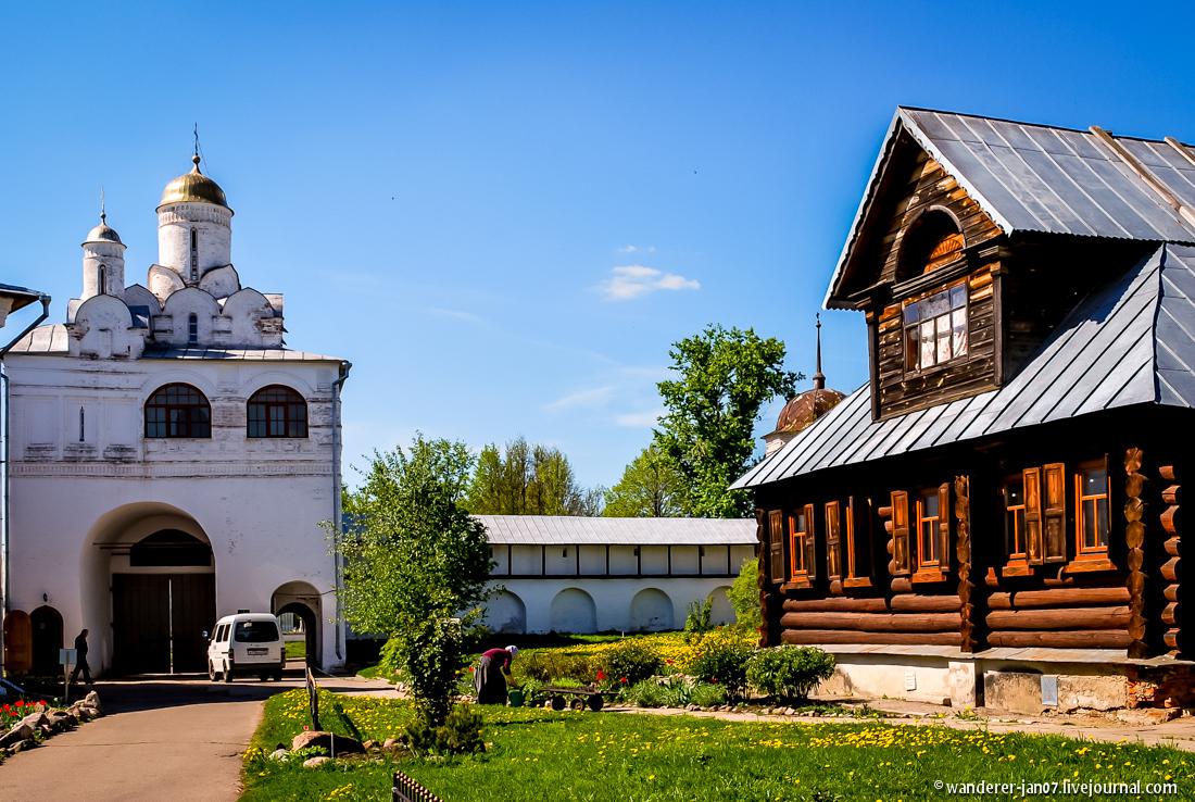 Suzdal. Pokrovsky monastery 09