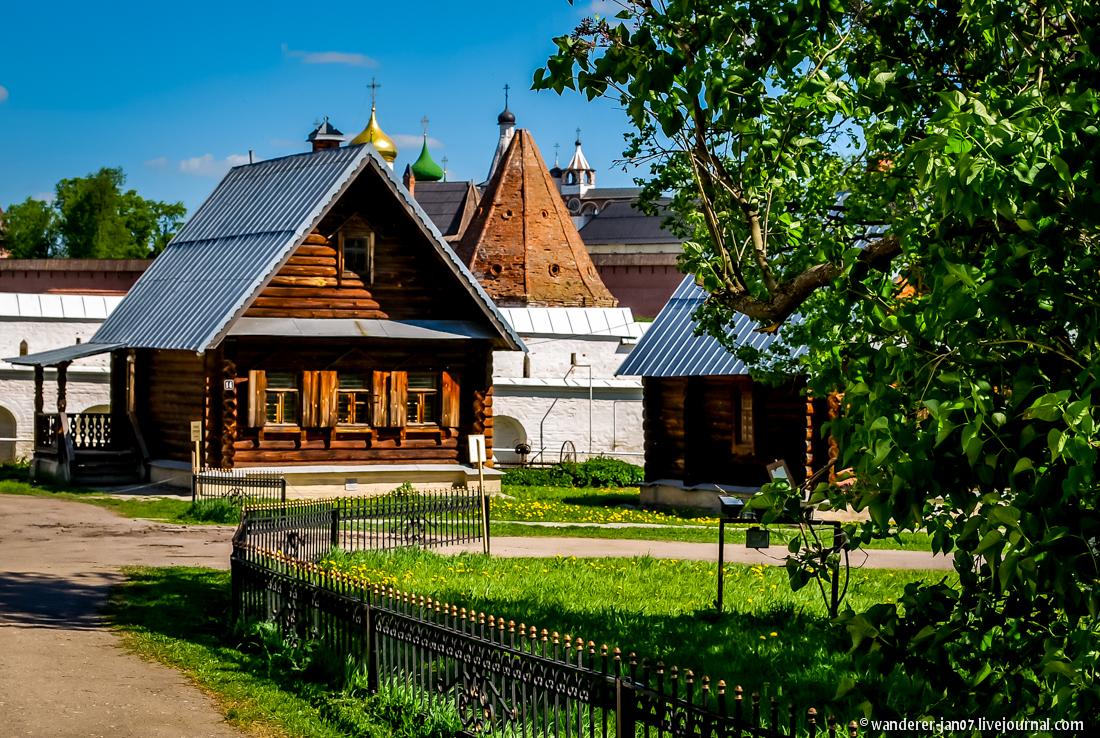 Suzdal. Pokrovsky monastery 13