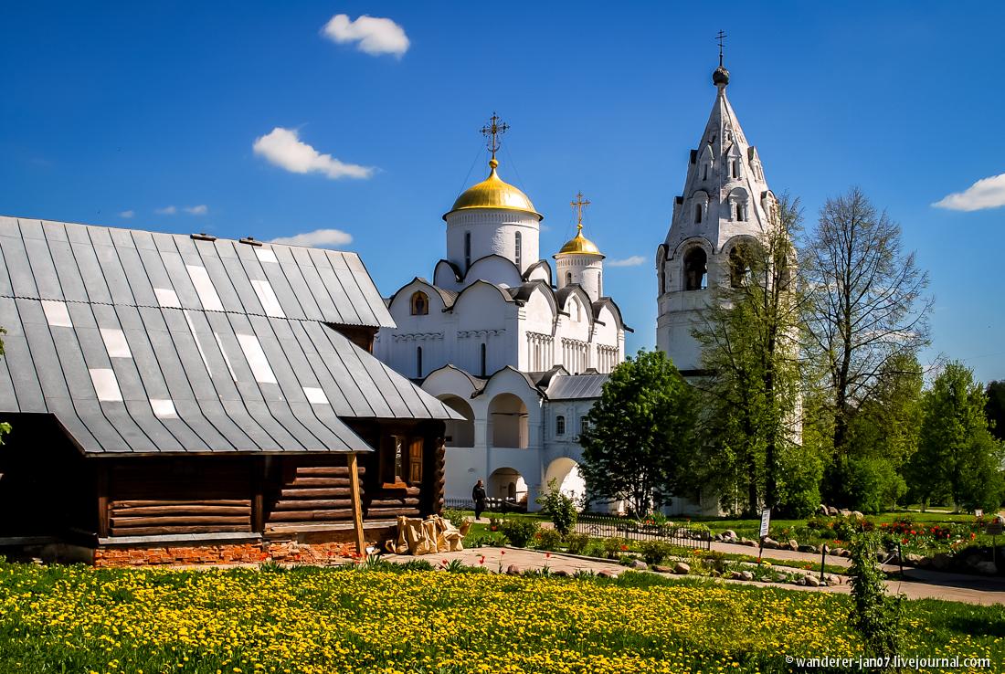 Suzdal. Pokrovsky monastery 18
