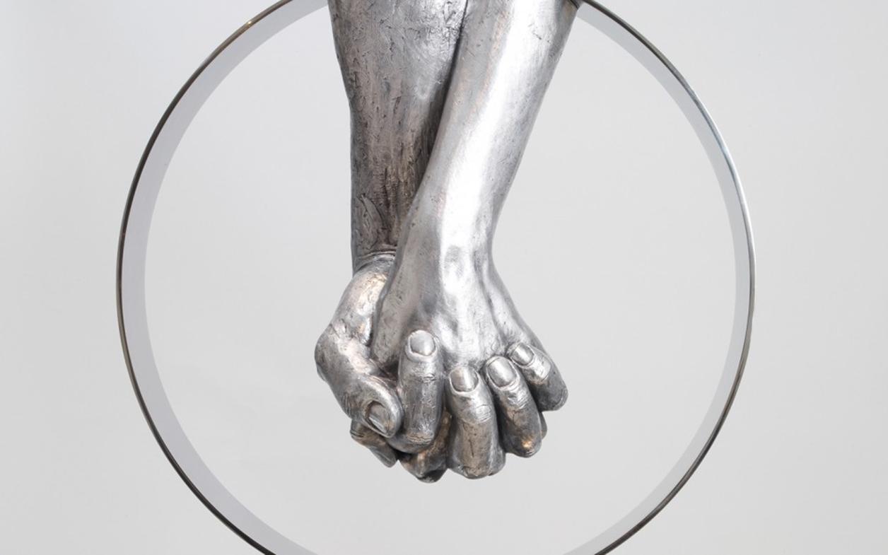 The Amazing Sculptures of Lorenzo Quinn 08