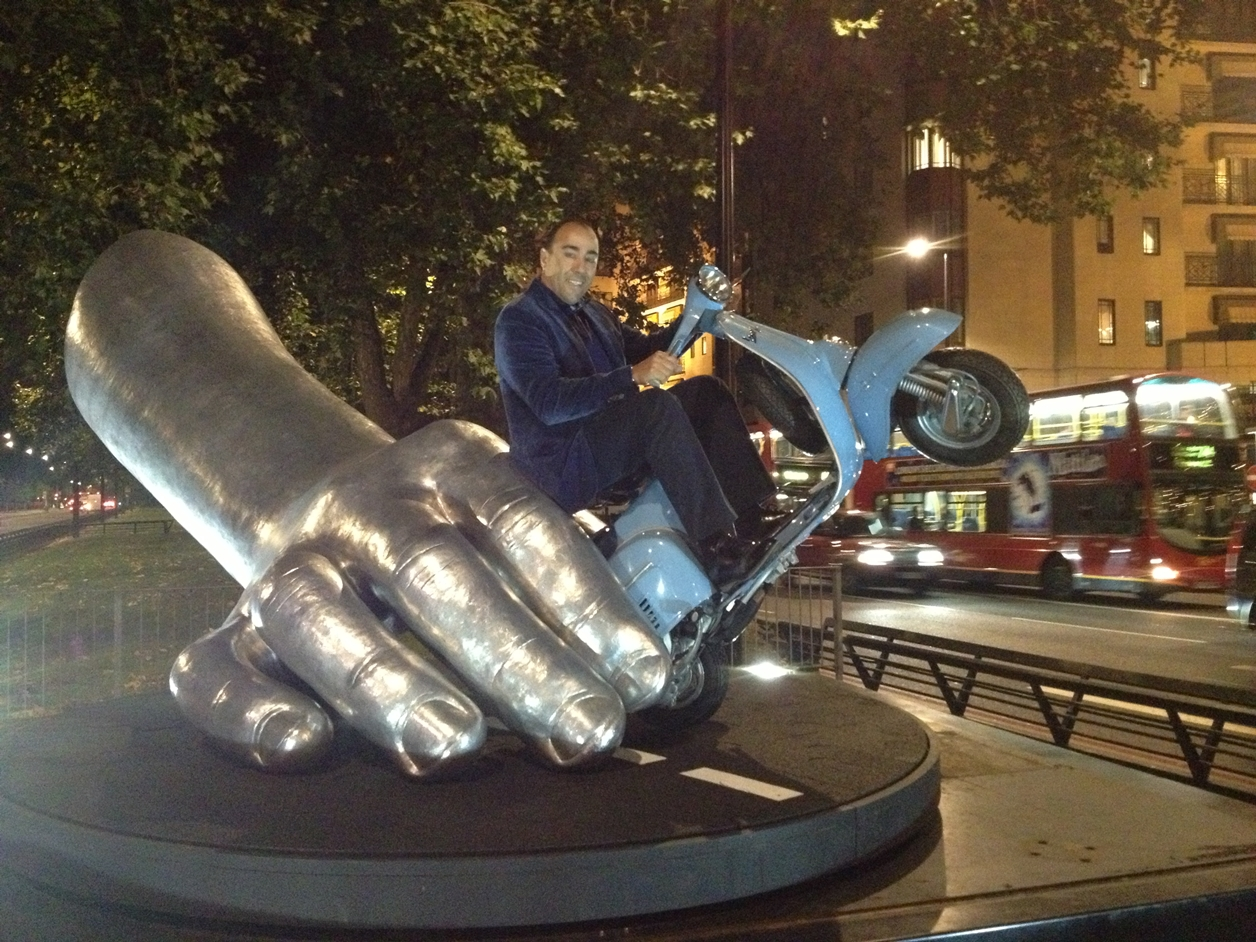 The Amazing Sculptures of Lorenzo Quinn 20