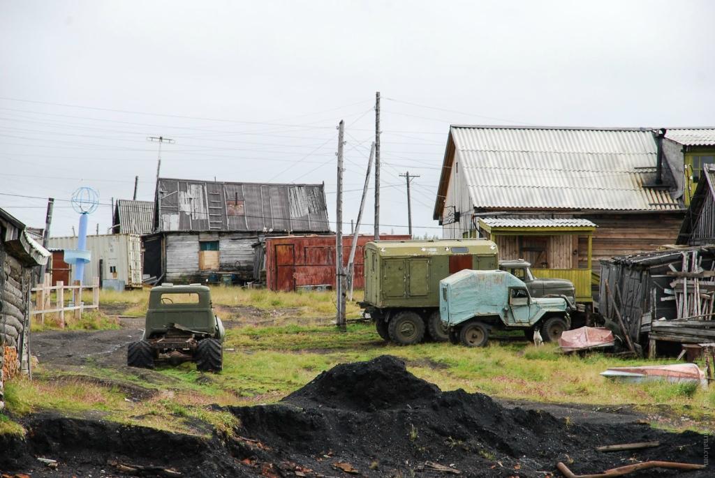 The Soviet automotive industry 16