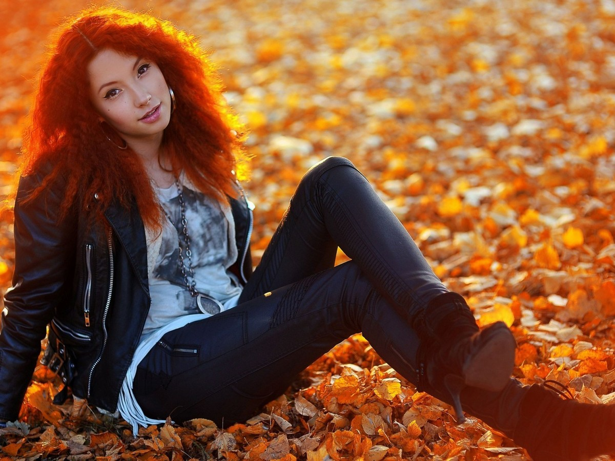 girl and autumn 02