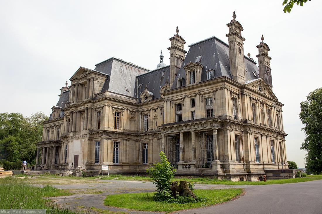 Abandoned castles in France 16