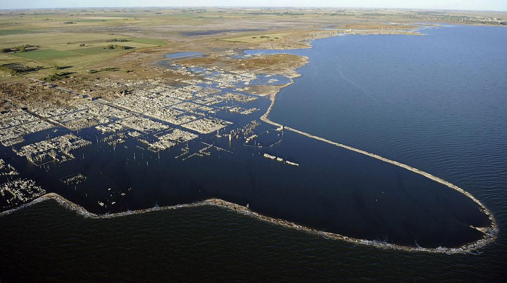 Argentine Atlantis 06