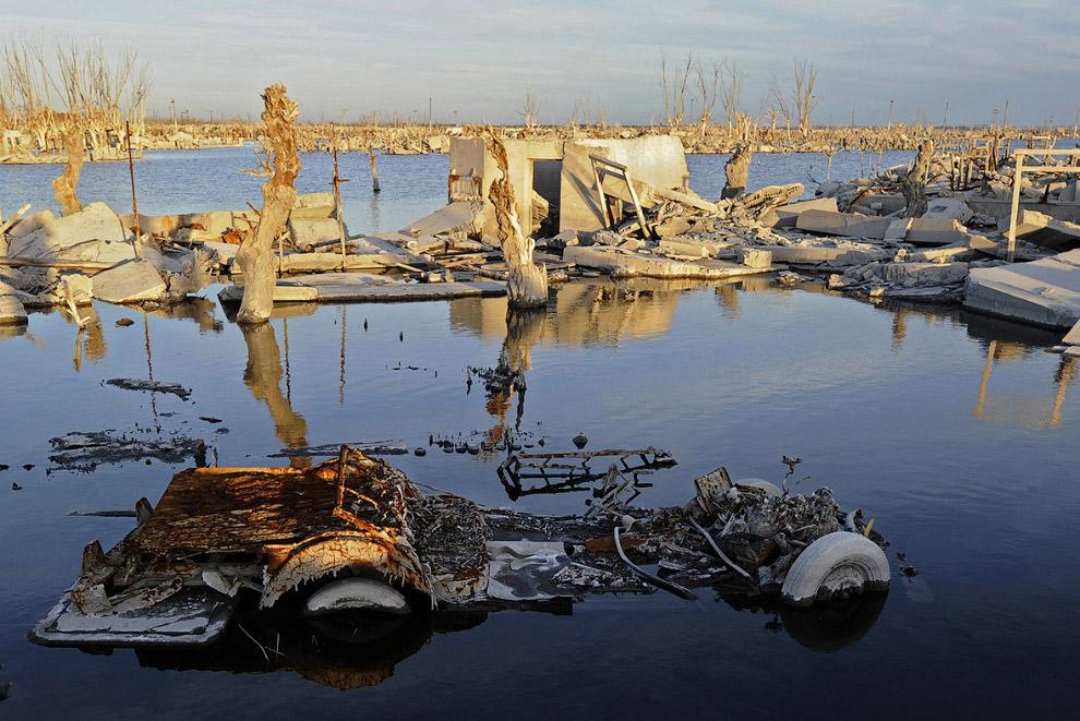 Argentine Atlantis 16
