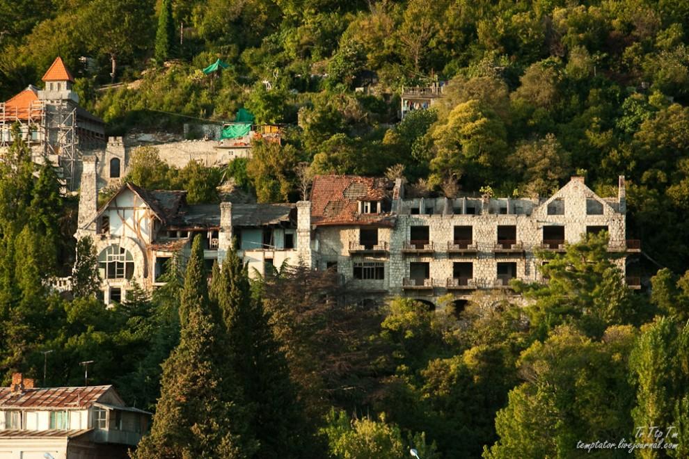 Forgotten resorts of Abkhazia_15