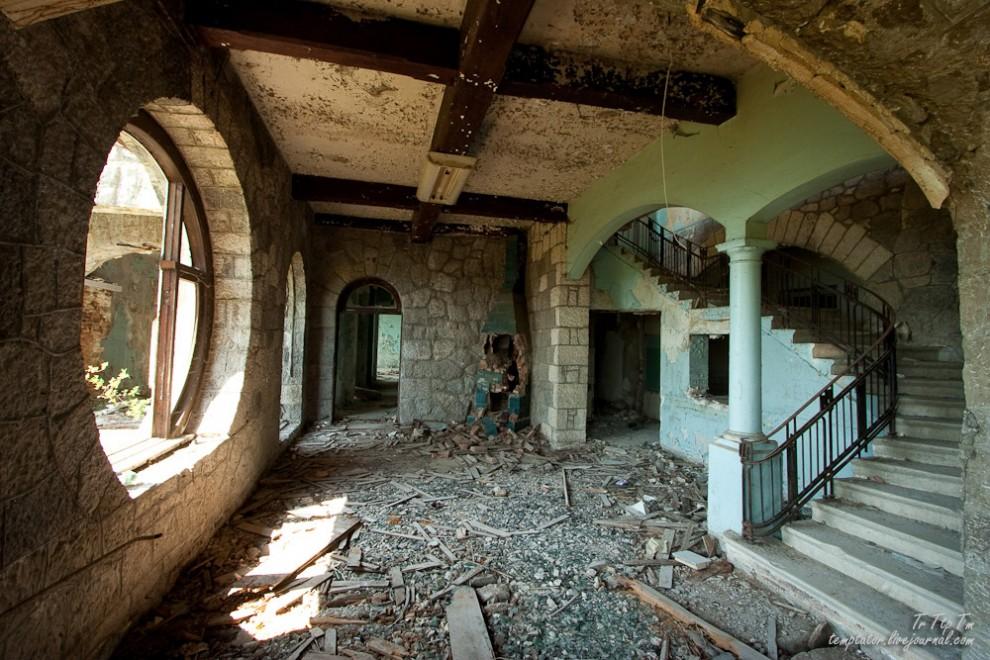 Forgotten resorts of Abkhazia_17