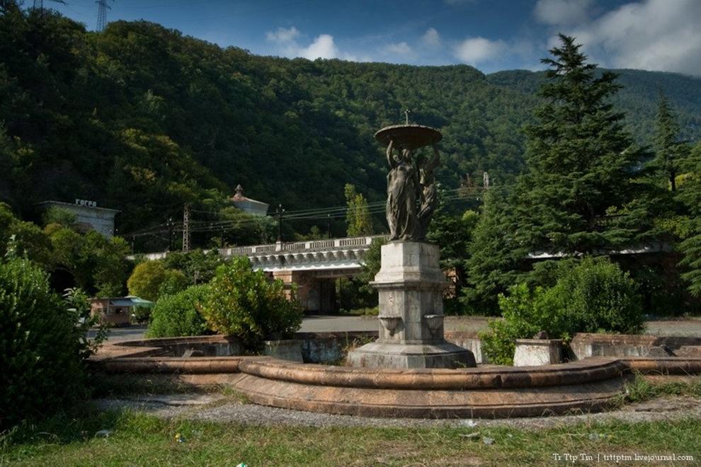 Forgotten resorts of Abkhazia_5