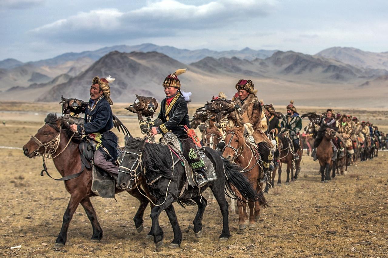 Golden Eagle Festival in Mongolia 02