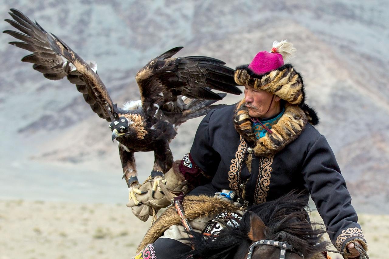Golden Eagle Festival in Mongolia 11