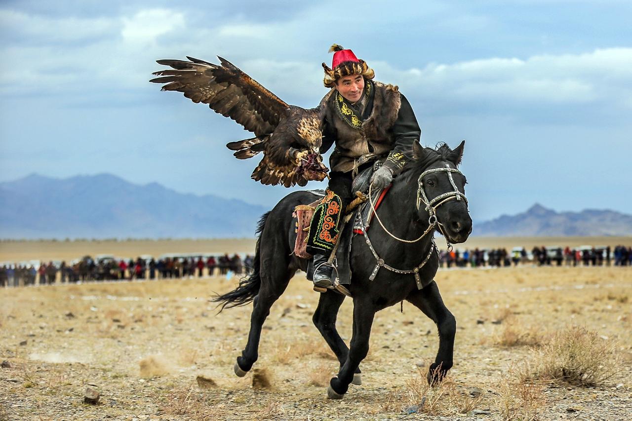 Golden Eagle Festival in Mongolia 12