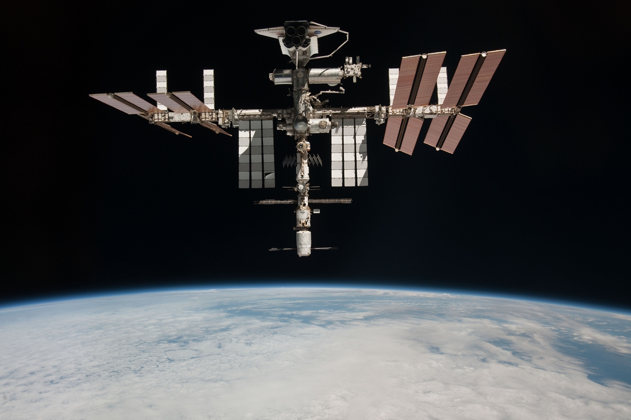 ISS 15 years in orbit 04
