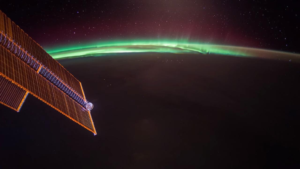 ISS Timelapse — Moon VS Aurora