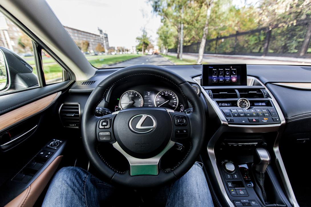 Lexus NX 200_07