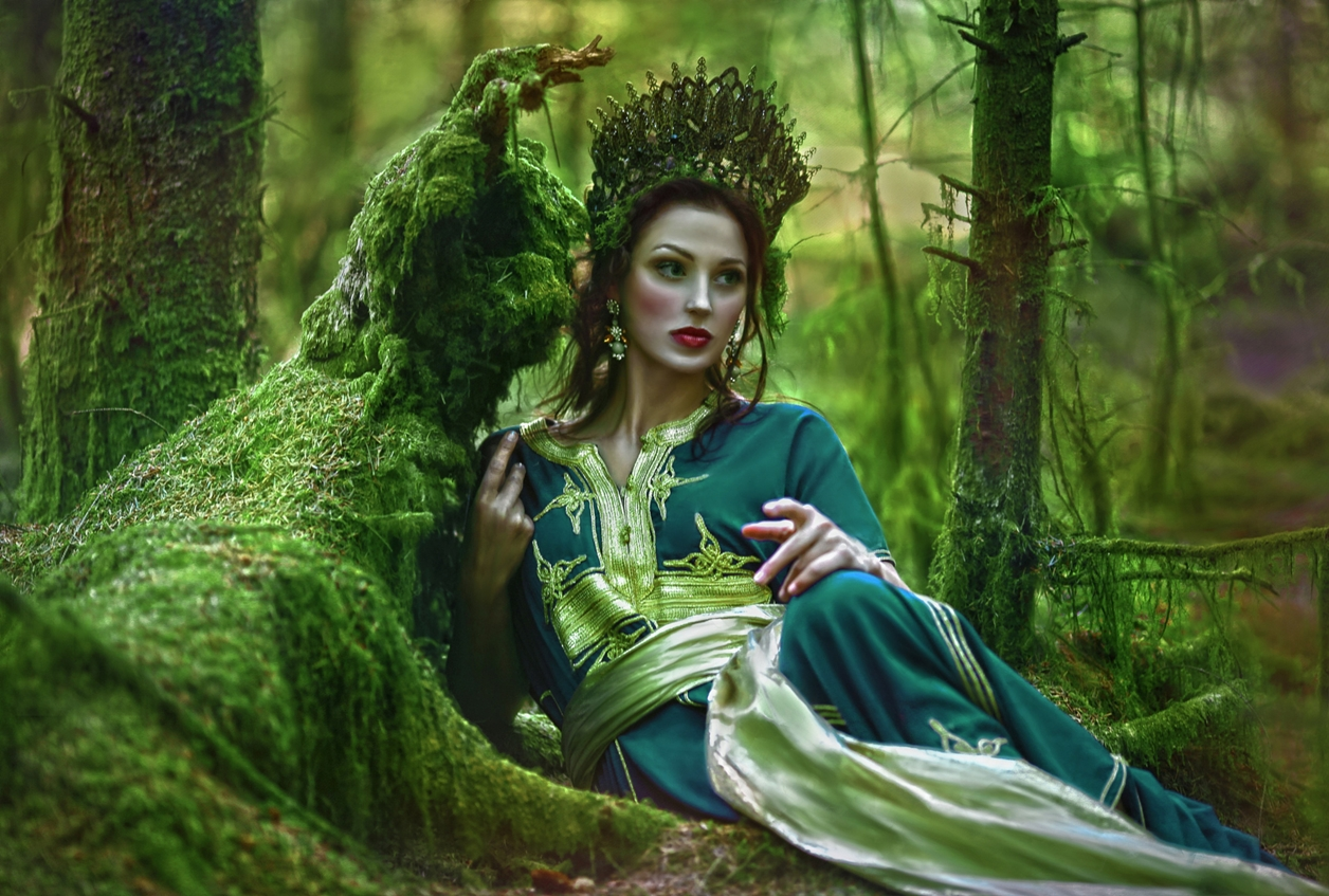 Magical images of women in the Welsh forests 13