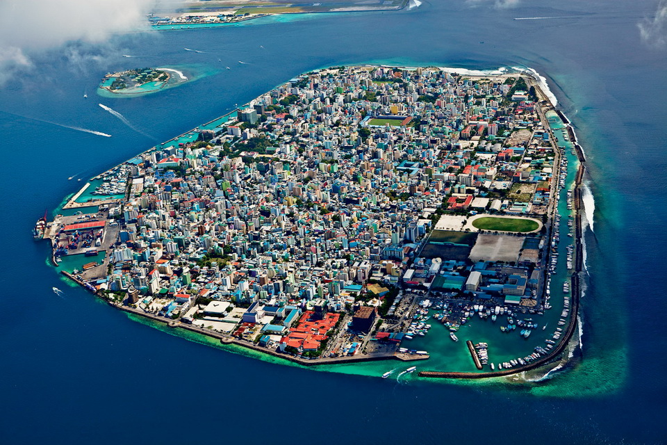 Malé is a city in the ocean 01