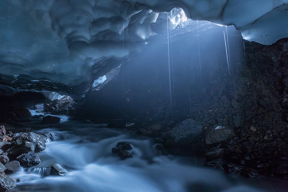 Pristine Kamchatka snow caves 03