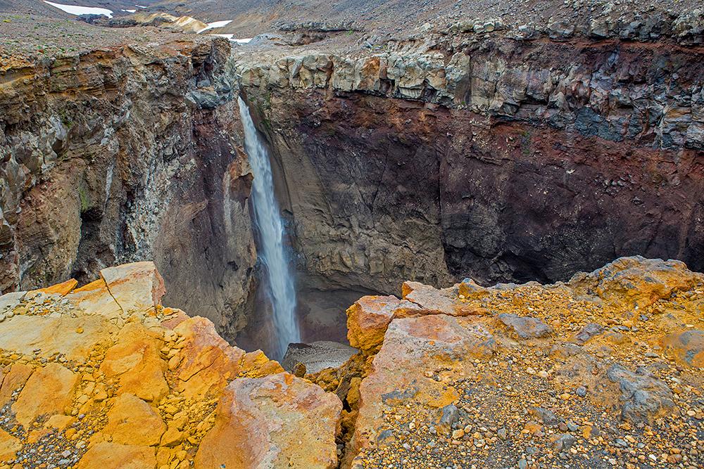 Pristine Kamchatka snow caves 15