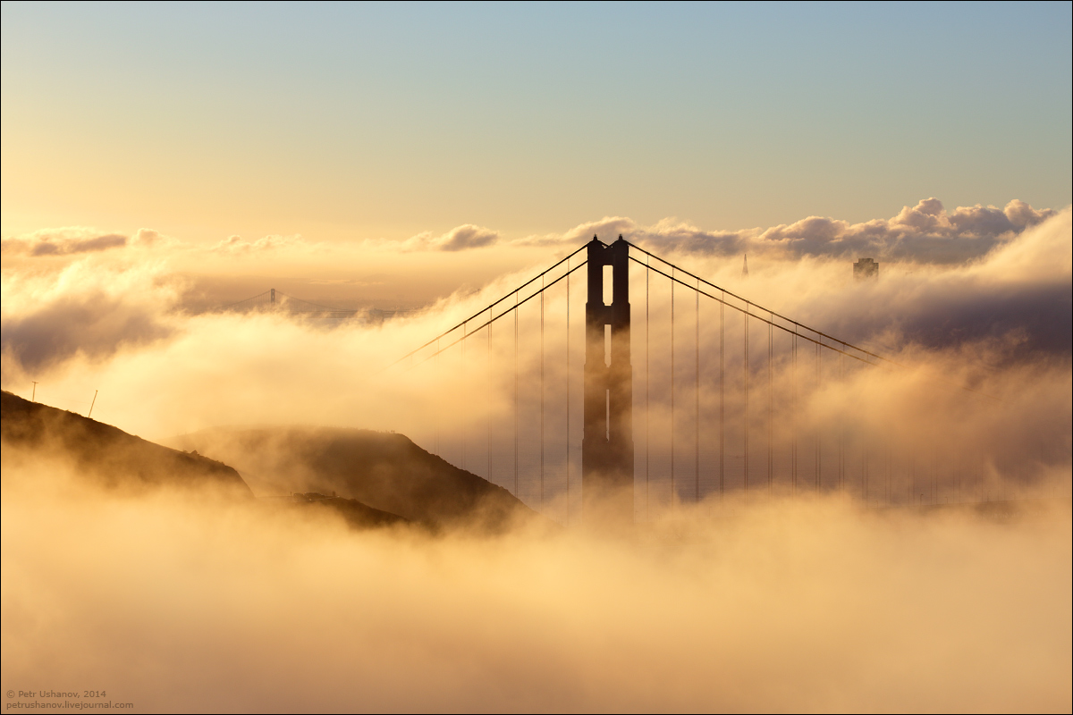 San Francisco is a City of bridges and fog 020